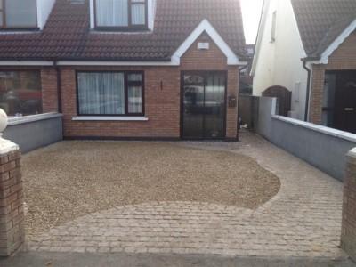 Gravel With Cobble Apron