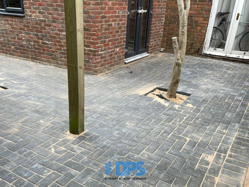 Block Paved Patio and Driveway in Gloucester (9)
