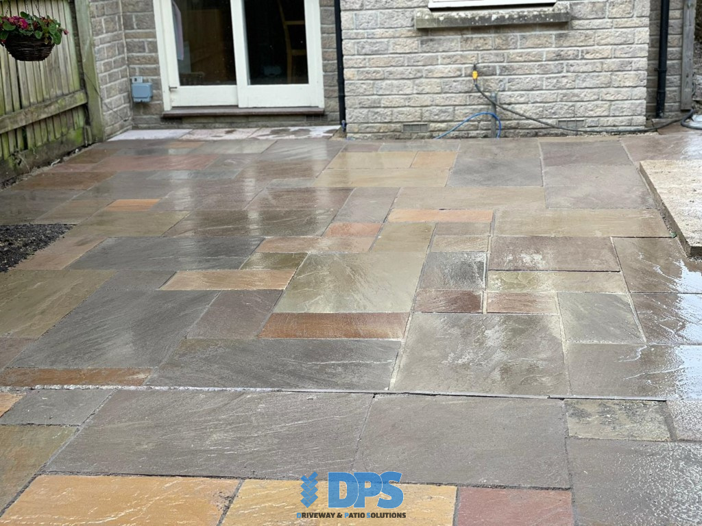 Tiered Sandstone Patio in Cirencester (4)
