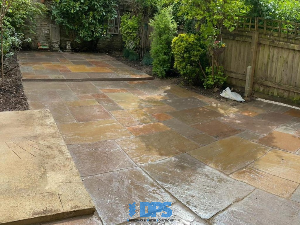 Tiered Sandstone Patio in Cirencester (5)