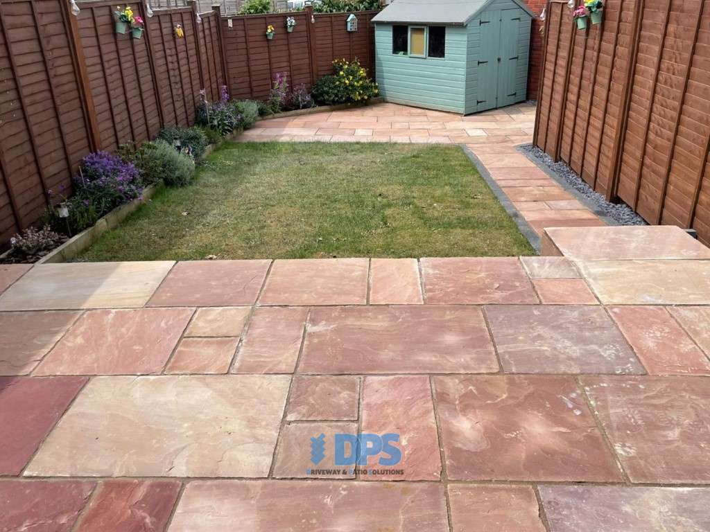 Raised Patio with Charcoal Border in Gloucester (1)